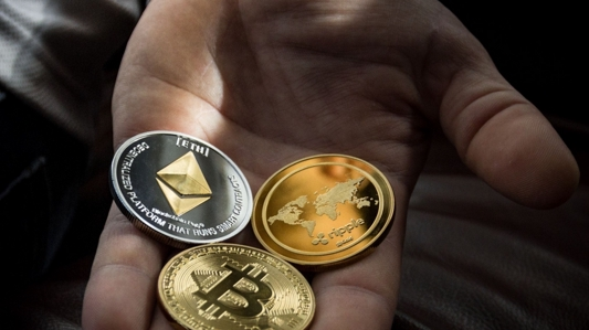 Thumbnail of 6 reasons why you should choose crypto over fiat